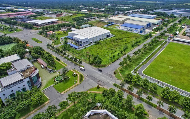 Despite the COVID-19 epidemic, industrial real estate is still bustling with sales